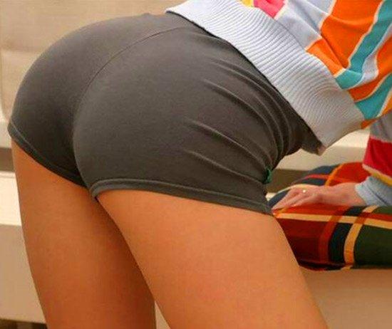 жопа женская фото в стрингах