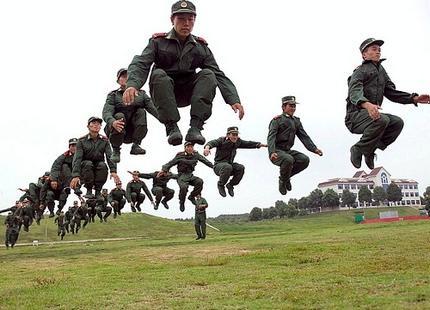 Безусловно гениальная America's Army 3.0 все никак не дает нормально в себя поиграть - что-то у них там на серверах  .... - Изображение 1