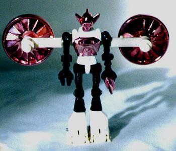 Компания Hasbro уговаривает Дж. Дж. Абрамса (J.J. Abrams) взяться за экранизацию истории японских игрушек Микроноавт .... - Изображение 1