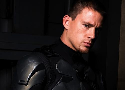На Gamerant забавно выбирают актера на роль Шеппарда в экранизации Mass Effect. Пять кандидатов, два отпадают сразу, .... - Изображение 3