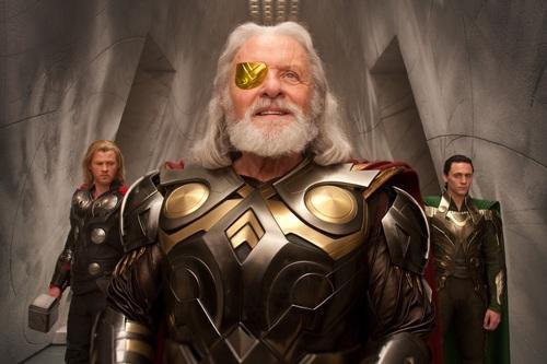 Тор это не только бог грома и молнии у скандинавов, но и комикс. И комикс довольно прикольный, он там везде и кому т .... - Изображение 1