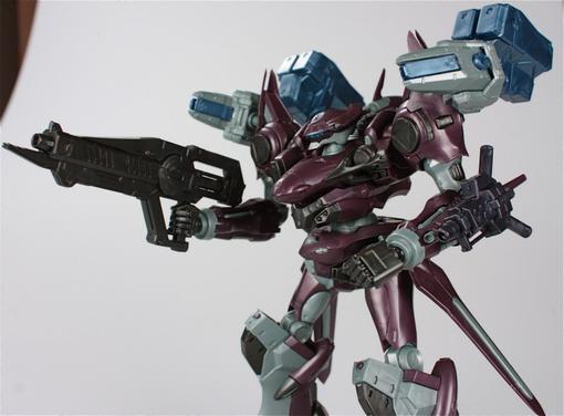 Обзор фигурки боевого робота из серии Armored Core, воплощенной в пластике благодаря японской компании Kotobukiya.   .... - Изображение 3