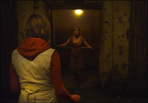 """Как известно, уже идут съемки продолжения картины """"Сайлент Хилл"""", основанной на одноименной игре. На днях подтвердил ... - Изображение 1"""