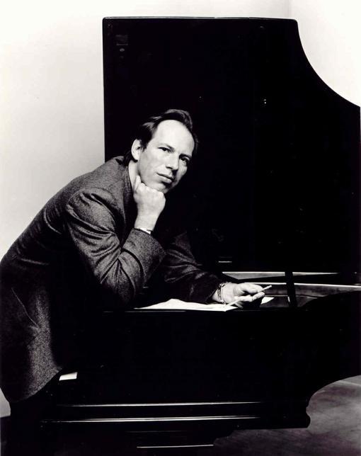 Ханс Флориан Циммер (нем. Hans Florian Zimmer; родился 12 сентября 1957 года) — немецкий кинокомпозитор, известный с ... - Изображение 1