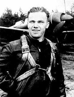 Кожедуб Иван Никитович - командир эскадрильи 240-го истребительного авиационного полка (302-я истребительная авиацио ... - Изображение 1