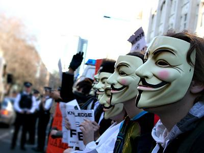 Anonymous - группа хакеров, атаковавших PSN  и многие другие ресурсы.В последнее время у нас на сайте объявилось мно ... - Изображение 1