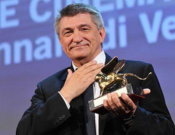 Интерпретация «Фауста» Гёте в постановке Александра Сокурова получила главный приз 68-го Венецианского кинофестиваля ... - Изображение 1