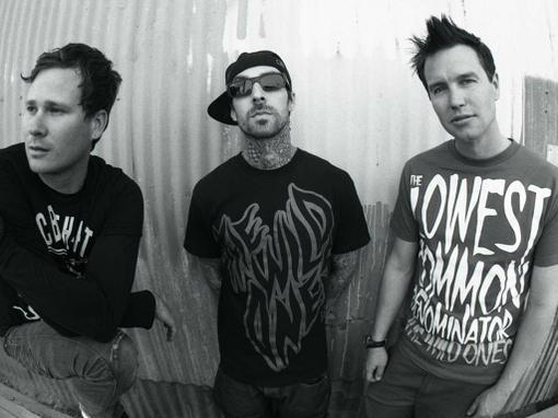 Neighborhoods — шестой студийный альбом американской поп-панк группы Blink-182, который будет выпущен 27 сентября 20 ... - Изображение 1