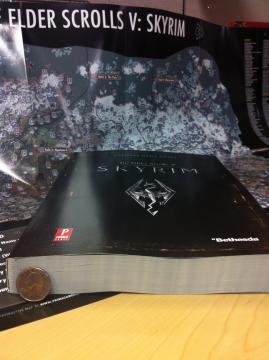 В блоге Bethesda была опубликована первая статья об официальном руководстве для Skyrim.  Основные факты из статьи:Ра ... - Изображение 3