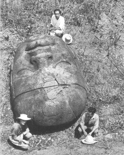 Я хотел бы рассказать историю об артэфактах...  Некий перуанский фермер обнаружил более 10 тысяч уникальных артефакт ... - Изображение 2