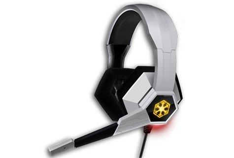 Обзор наушников SWTOR Razer Headset провёл один из работников mmorpg.com. «Я не специализируюсь на технических обзор ... - Изображение 1
