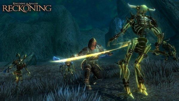 8 октября 2004 года – на новенькую и набирающую популярность игровую приставку Xbox выходит Fable. Игра становится н .... - Изображение 1