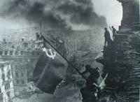Война всегда начинается внезапно, хотя спустя поколение для историков она покажется неизбежной. В 1941 году началась ... - Изображение 2