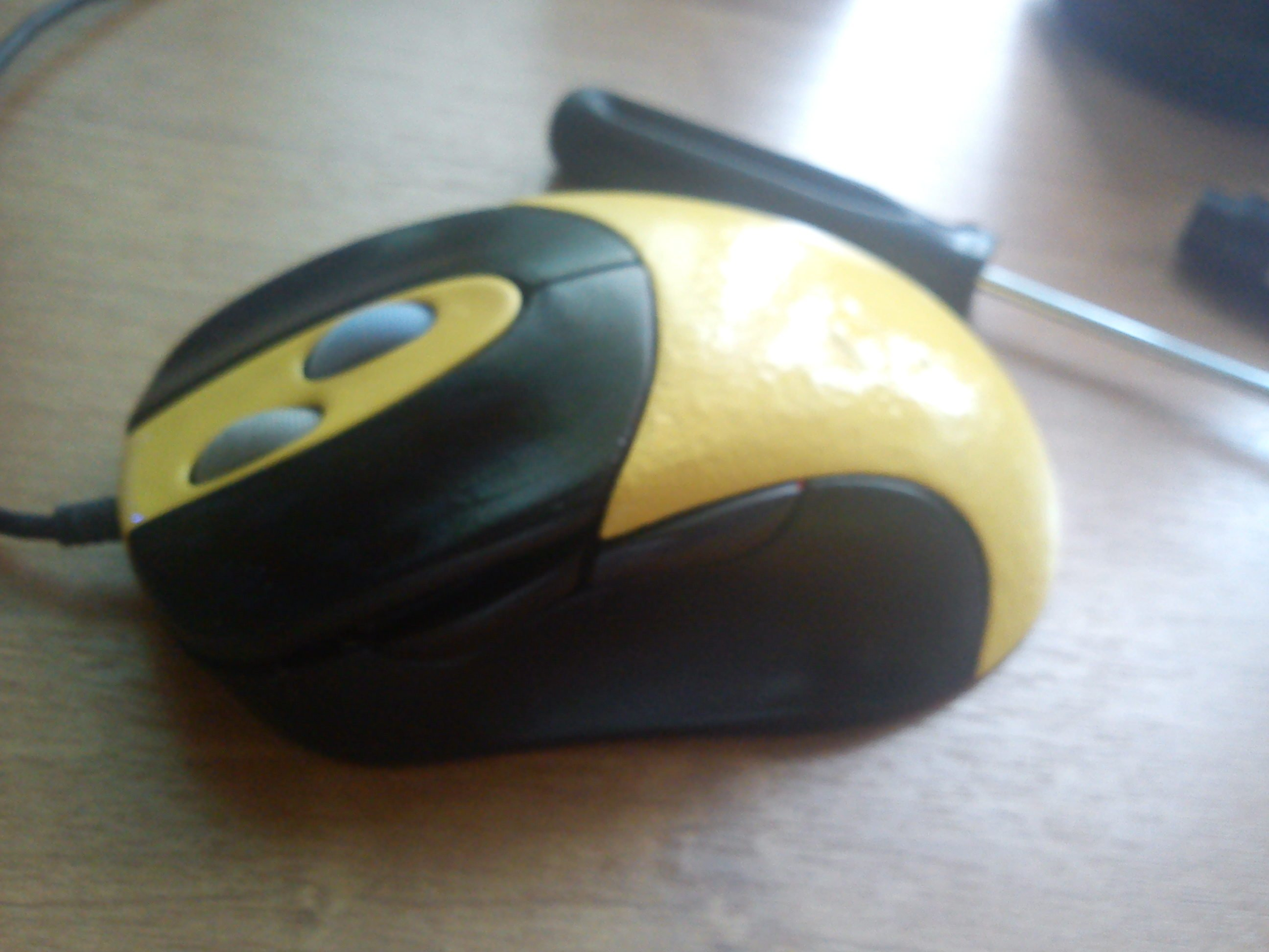 Лет 6 назад один мой приятель подарил мне старую мышку  A4Tech WOP-49(Z), которая верой и правдой служит мне по сей  ... - Изображение 3