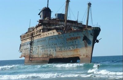 """Еще один Корабль потерпел крушение в ee мелком море...Мораль:Местные Кали(Юги)Псы зазря не поют!Макс Невашев  """"Кладб ... - Изображение 1"""