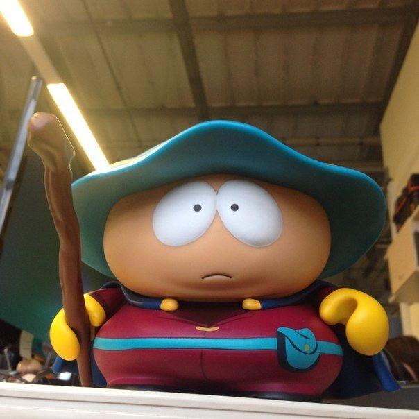 Вот такая фигурка будет в коллекционном издании игры South Park: Палка Истины. Кто успел предзаказать?      #south ... - Изображение 1