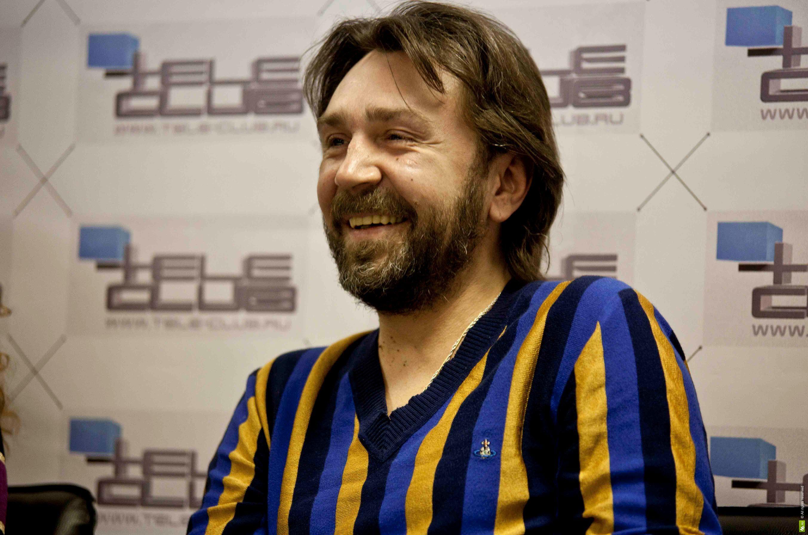 Cегодня свой 41 день рождения празднует российский рок-музыкант, лидер группы «Ленинград» Сергей Шнуров   - Изображение 1