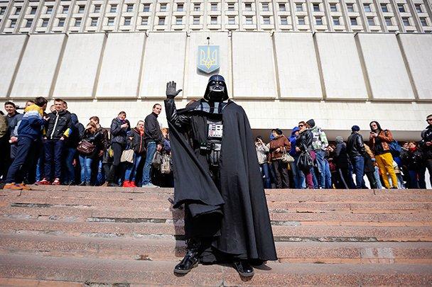ЦИК Украины не пустил Дарта Вейдера на выборы. - Изображение 1