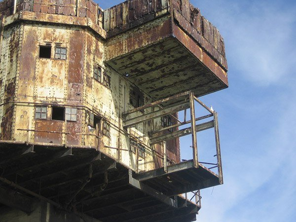 Смерть Американской Звезды и заброшенные морские форты Маунселла