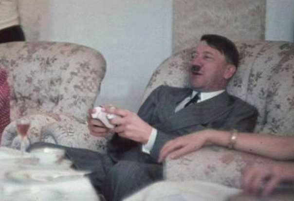 Так вот почему фашисты проиграли . Гитлер был консольшиком ! - Изображение 1