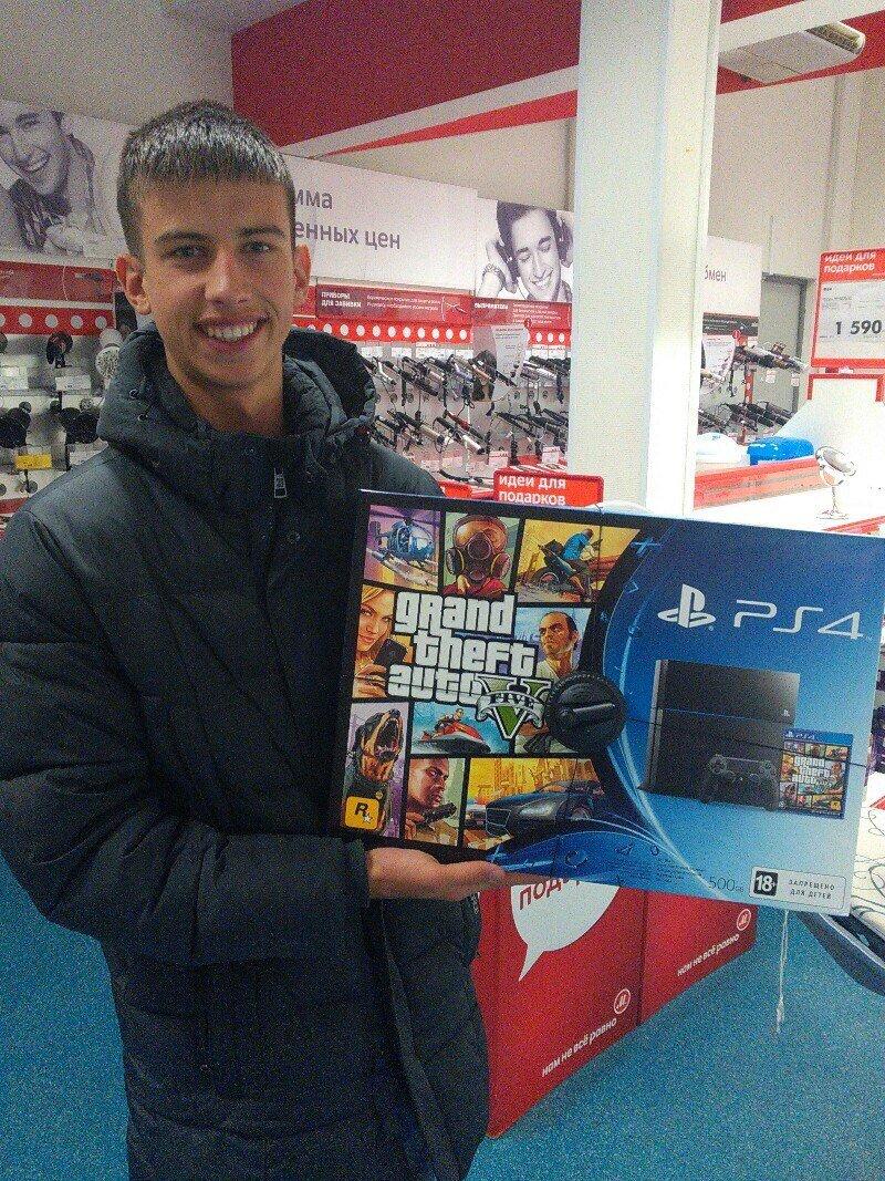 Теперь я тоже обладатель PS4 ^-^ - Изображение 1