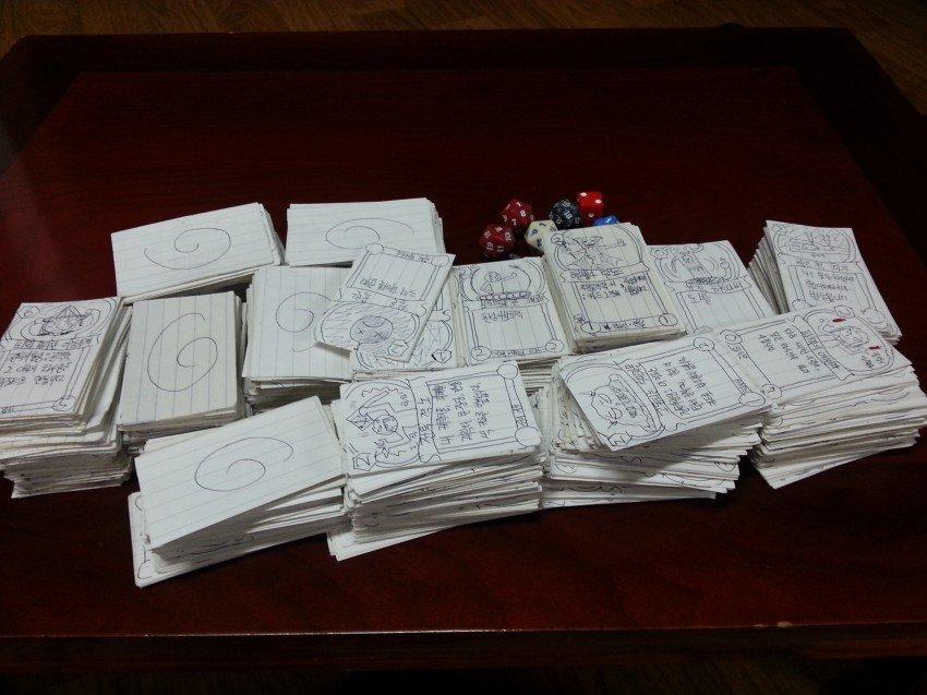 Кореец нарисовал все карты Hearthstone во время службы в армии - Изображение 1