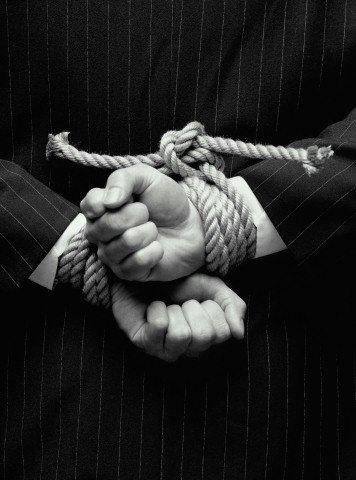 Кризис демократии и управления на канобу - Изображение 1