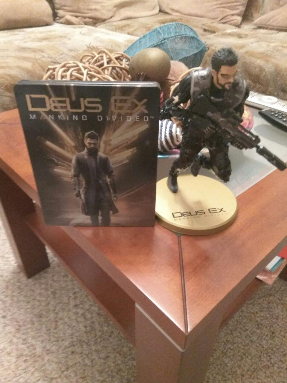 Deus Ex: Mankind Divided Collector Edition Unboxing - Изображение 6