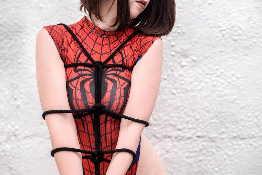 Косплей. Что было бы если бы Человека-паука поймал Веном в нашей фантазии - Изображение 7