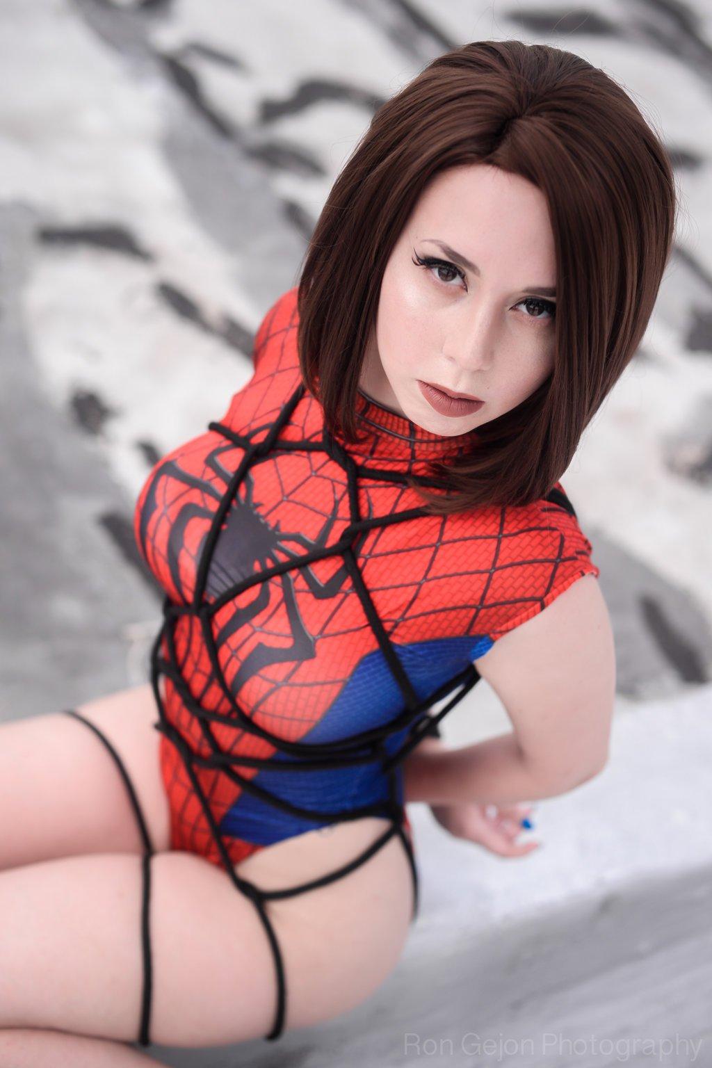 Косплей. Что было бы если бы Человека-паука поймал Веном в нашей фантазии - Изображение 8