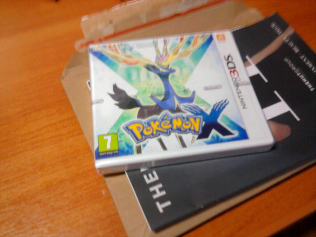Приехал Pokemon X & Y, за которого zavvi уже вернуло деньги. Что же делать?  - Изображение 1