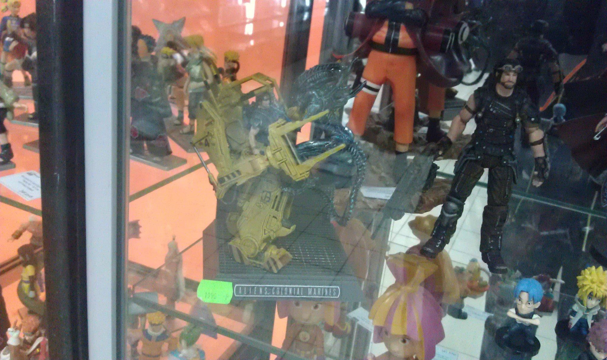 """Пример """"Яarsiian bussines"""" магазина в одном из торговых центров Екатеринбурга. Интересно, это не противоречит догово ... - Изображение 1"""