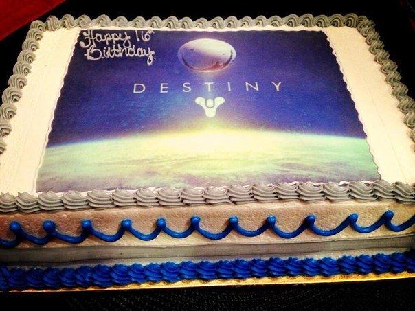 Destiny ещё не вышла, а уже торт. - Изображение 1