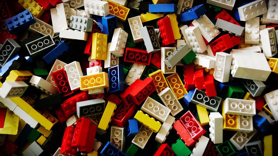 Ребята подскажите игрушку под андроид с геймплеем близким к серии игр LEGO.Братец люто угорает по лего) - Изображение 1