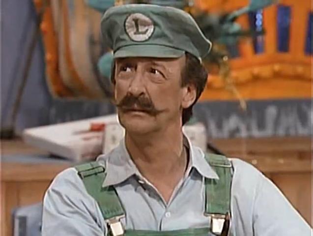 """#Mario #RIP #NewsАктер Дэнни Уэллс, голос Луиджи из мультсериала """"Супершоу супер братьев Марио"""", умер в возрасте 71  ... - Изображение 1"""