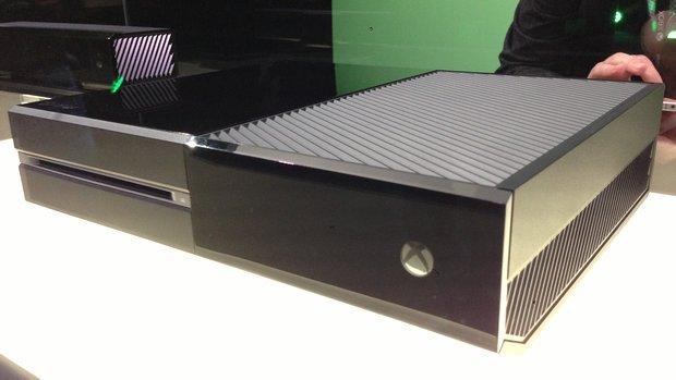 Новой (Xbox one) не удивили, лучше она бы называлась Xbox 720 ей богу!. Проигрыватель кассет, я покупать не буду!!! - Изображение 1