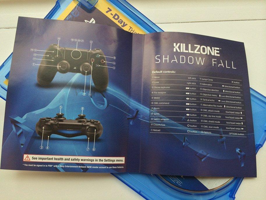 В сети появились фотографии коробочки с игрой  Killzone: Shadow Fall. Ниже вы так же можете увидеть ее наполнение.. - Изображение 2