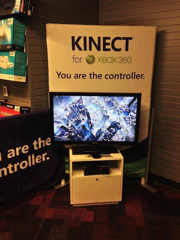 Фотография Кинект-киоска Gamestop в Сан-Франциско, использующего для рекламы девайса трейлер Killzone: Shadow Fall.  ... - Изображение 1