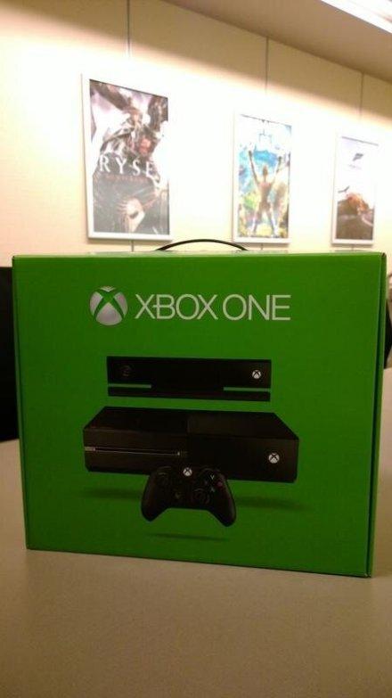До поступления Xbox One в продажу остается все меньше и меньше времени. Один из обладателей прототипа Xbox One вылож ... - Изображение 1