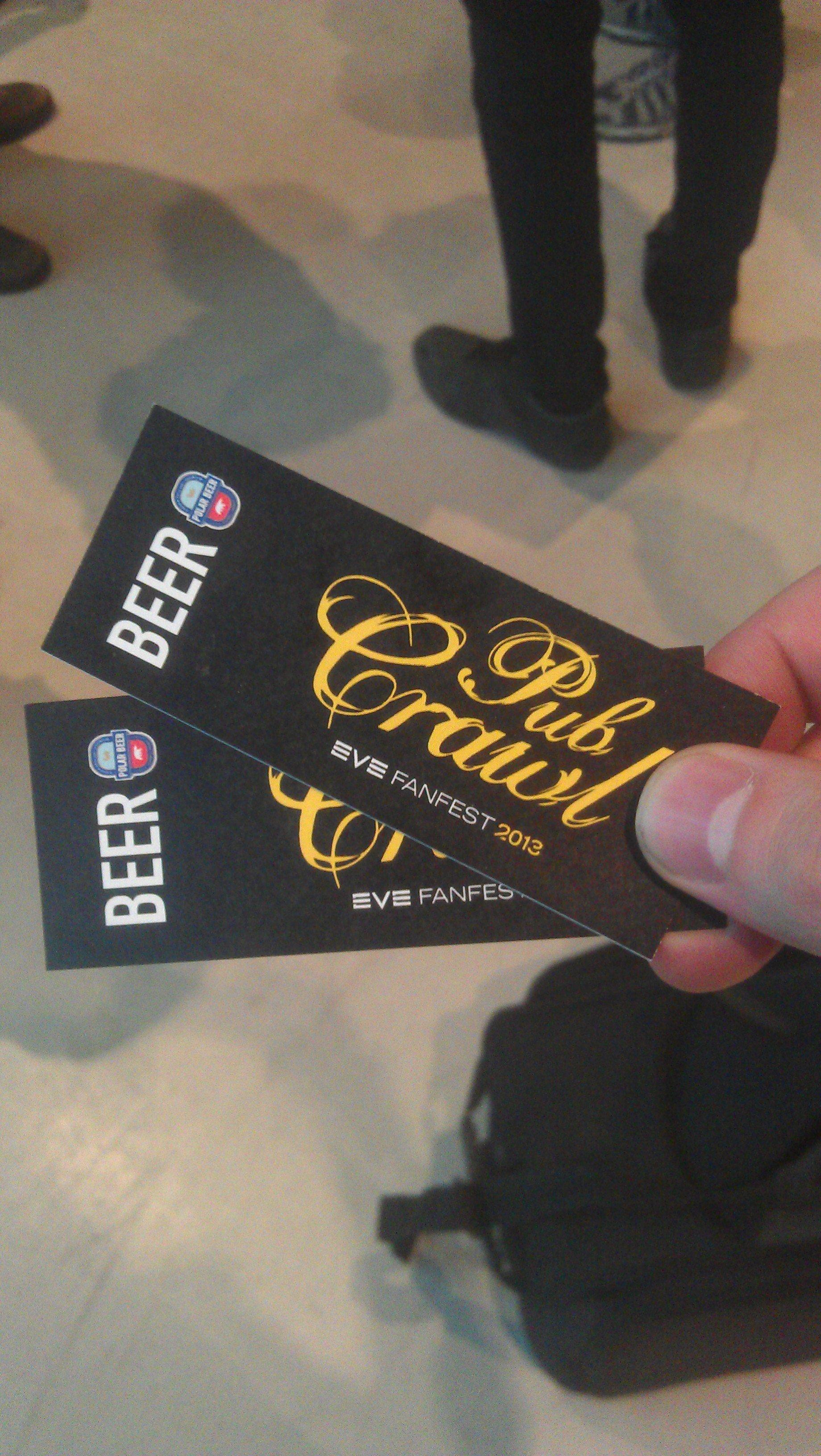 Это первое и единственное свидетельство того, что мы были на Pub Crawl  with devs вчера. Простите! #evefanfest #pubcrawl - Изображение 1