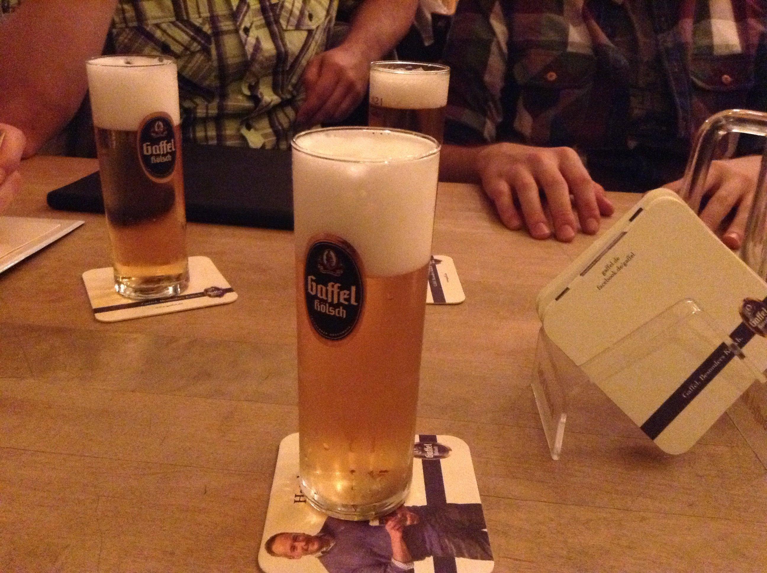 Пиво Кельш, о котором столько говорили все игрожурналисты в ожидании Геймскома - местный Кельнский сорт светлого пив ... - Изображение 1