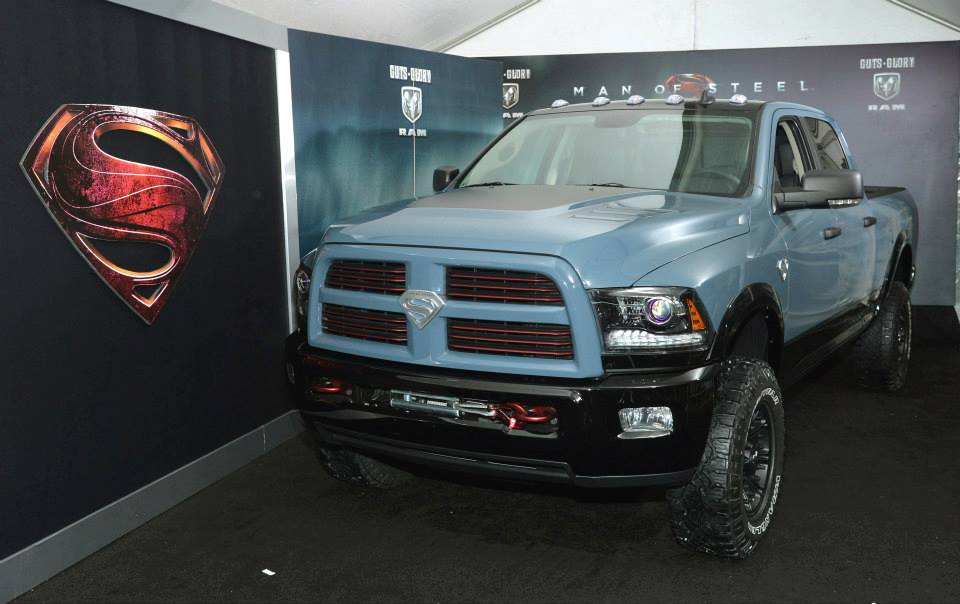 Damn Son where did you find it))))The Ram Power Wagon Man of Steel Edition at the premier of Man of Steel. - Изображение 1