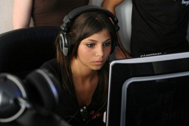 Удивительно, насколько плохо порой разбираешься в людях - девушку свою долго пытался научить играть в Rayman Origins ... - Изображение 1