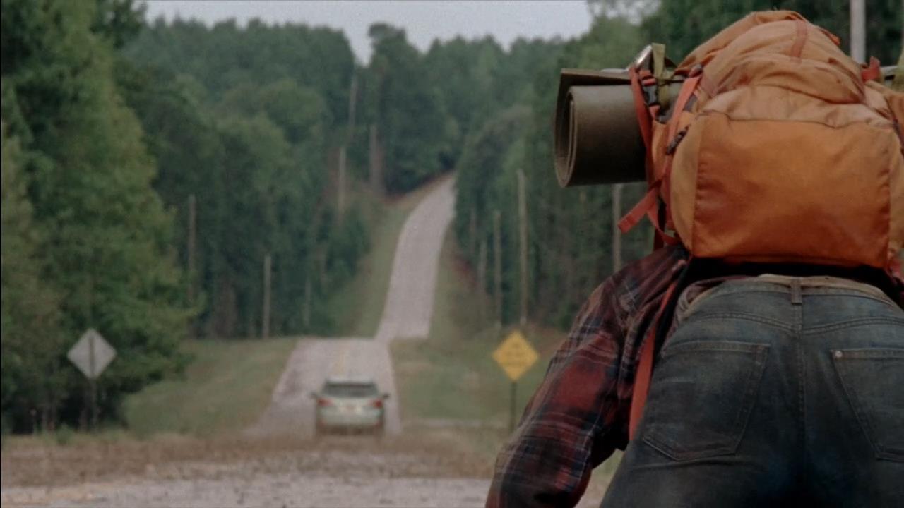 @the walking dead Жалко братишку с рюкзаком. Как думаете Рик уже никогда не будет прежним ? - Изображение 1