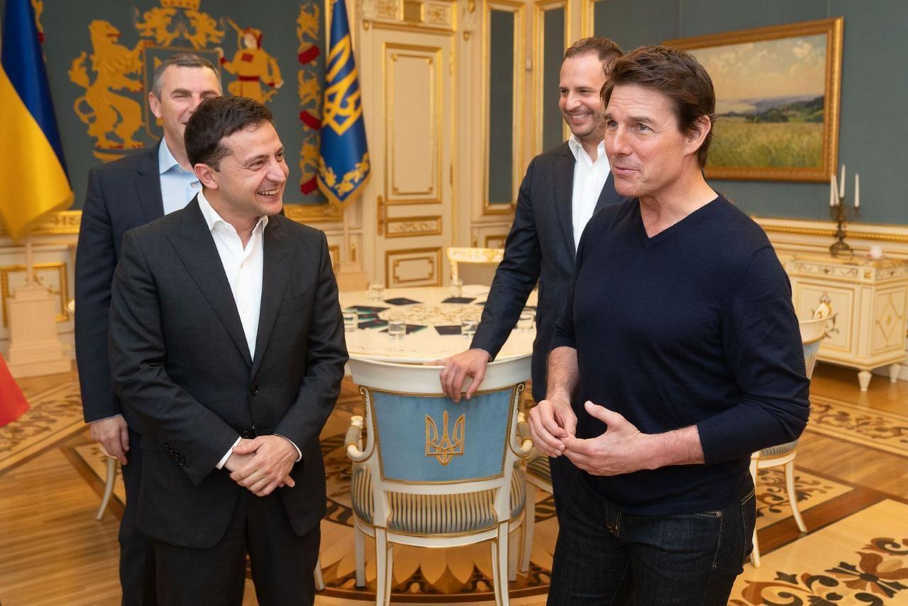 Том Круз прилетел в Киев и обсудил с Владимиром Зеленским съемки нового фильма в Украине