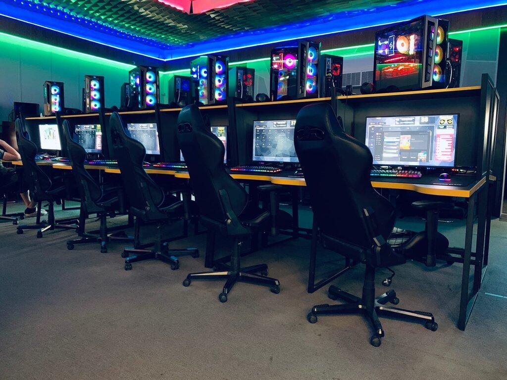 Во Вьетнаме компьютерный клуб превратили в майнинг-ферму
