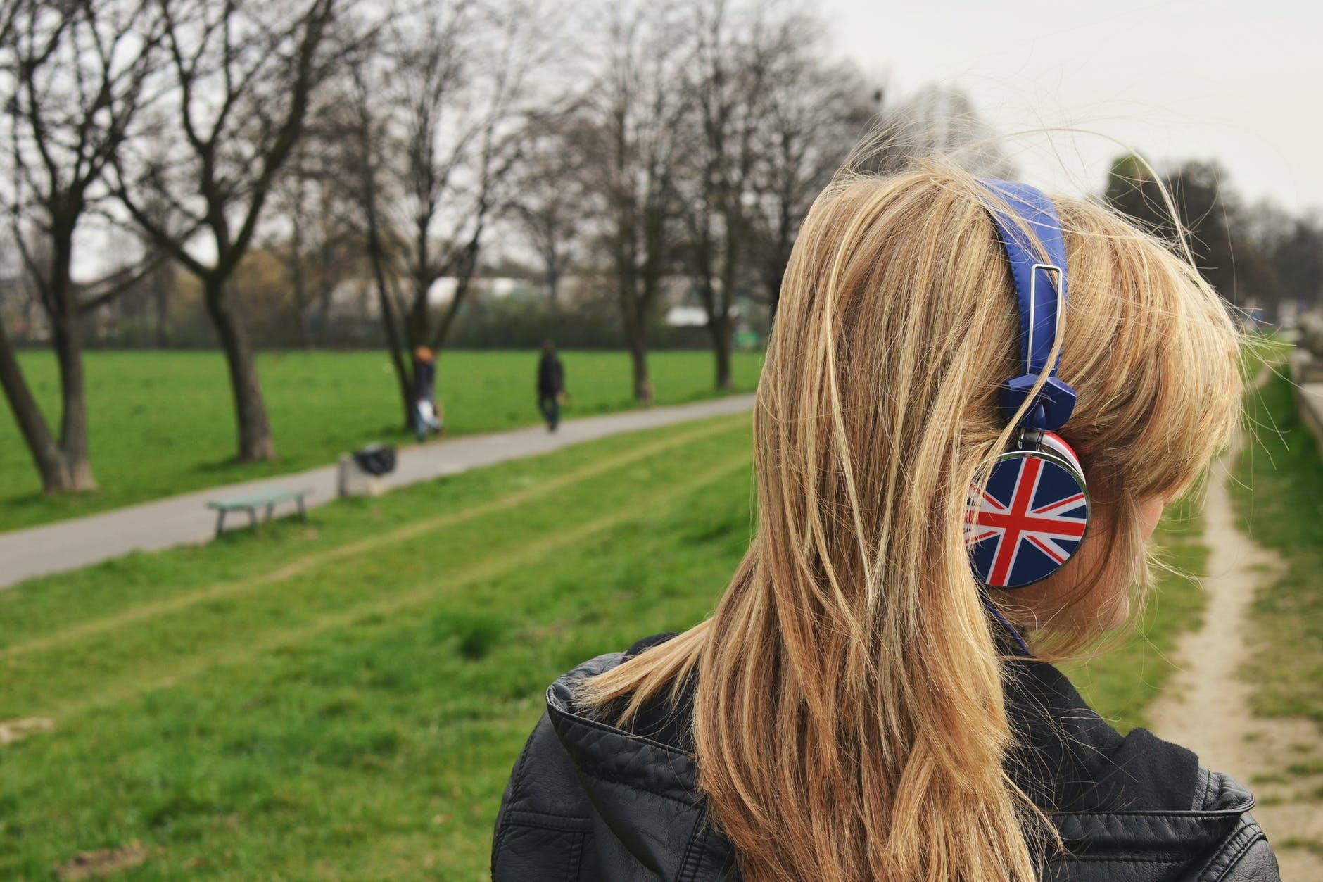 «Выучить язык можно где угодно, даже в провинции»: как я с 19 лет преподаю английский