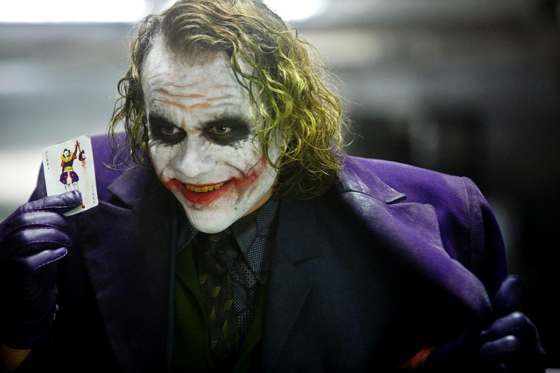«Темный рыцарь» великолепен: режиссер нового «Бэтмена» оценил работы Нолана иБертона