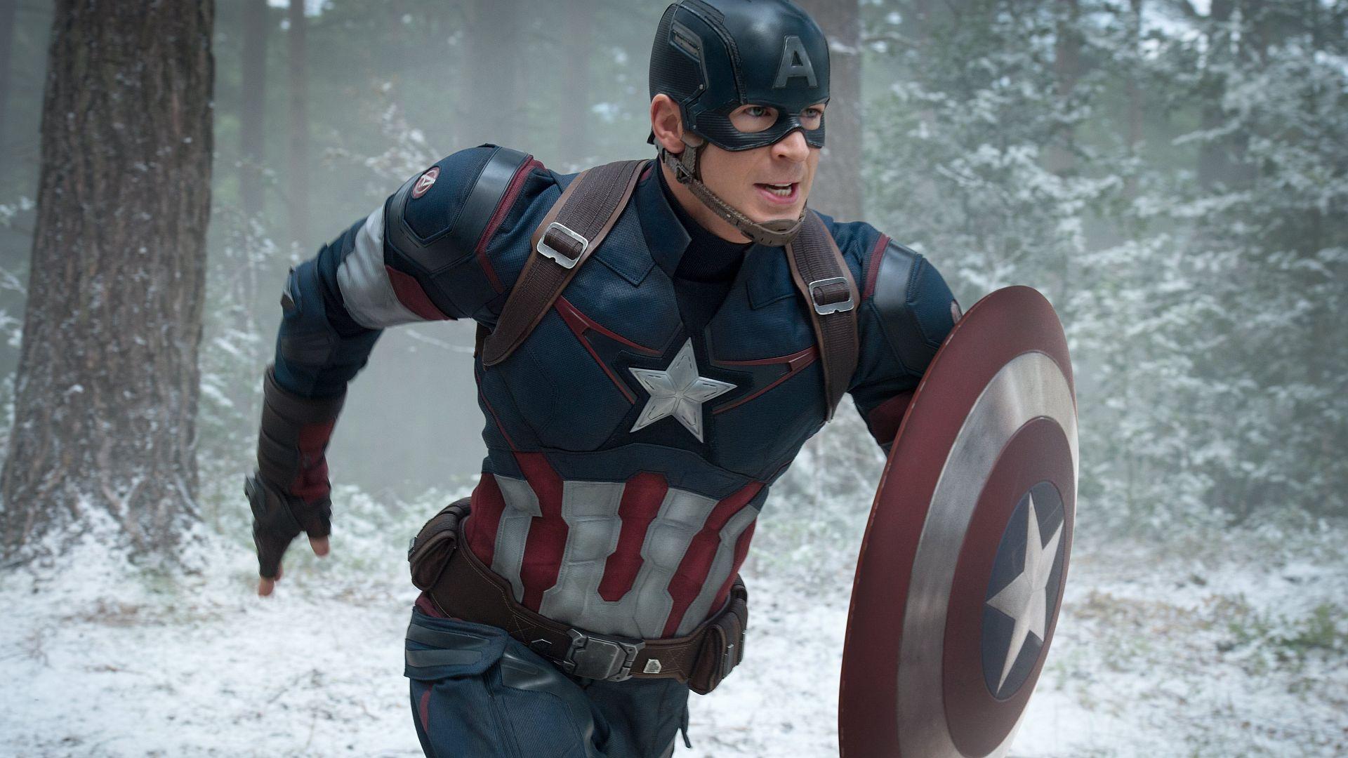 Крис Эванс назвал роль Капитана Америка лучшим решением всвоей жизни. Хотя сначала отнее отказался