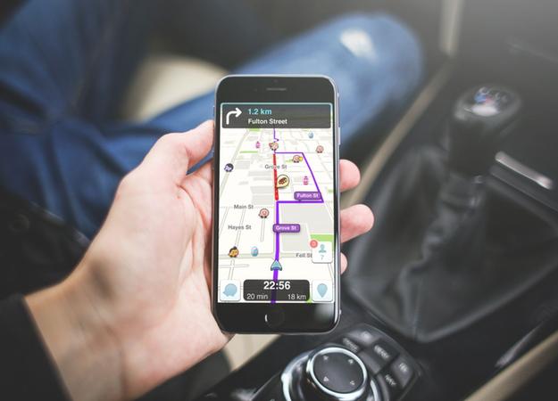 Навигатор Waze заговорил голосами ведущих The Grand Tour